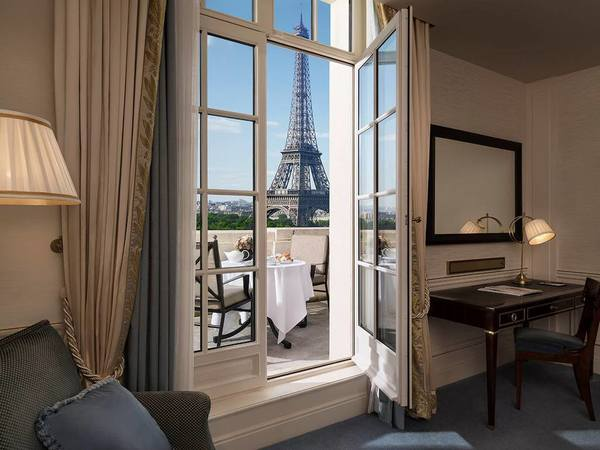 Hotspots van Rendi van Mason Garments Shangri-La Parijs
