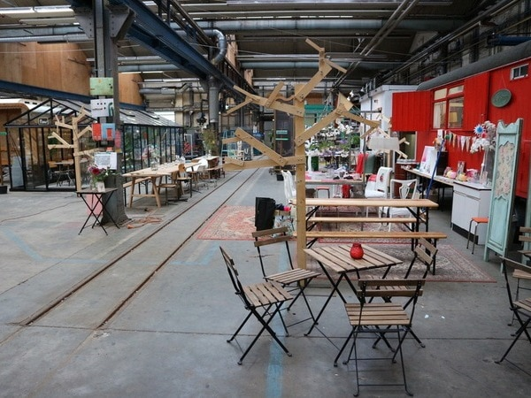 De Snorfabriek in oude NS-Loods in Utrecht