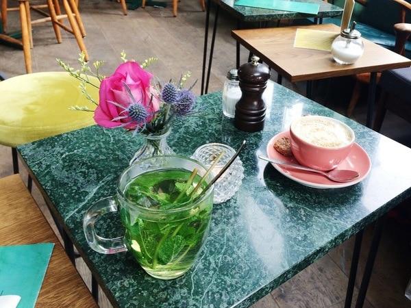 Koffie bij Bar Botanique