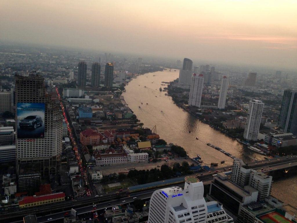Lebua Sky Bar Bangkok Amber van 2 glimpse