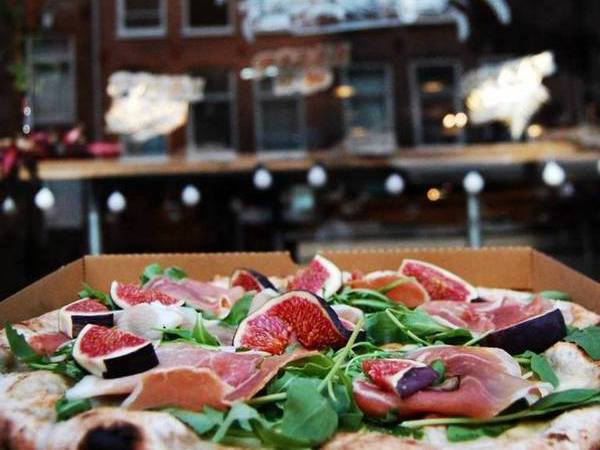 De beste pizza van Amsterdam Mastino