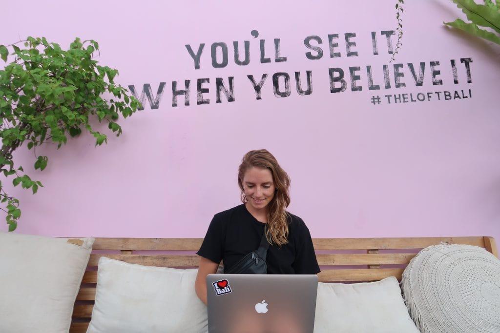 Merel van der Wouden bij The Loft Bali