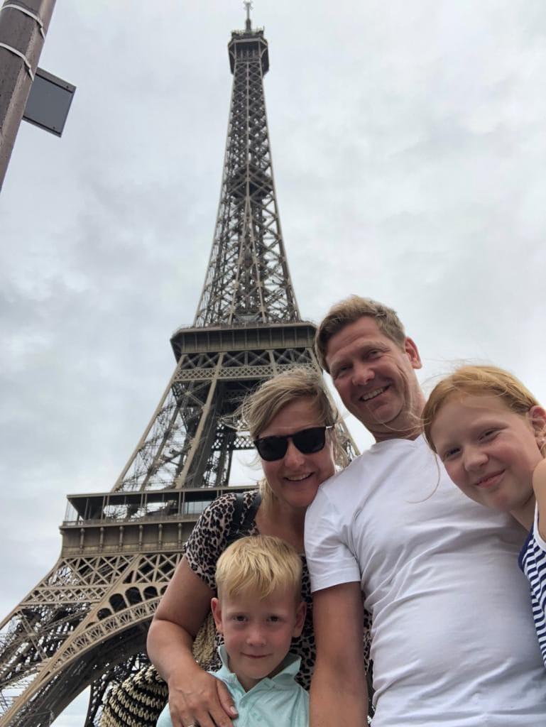 Nathalie Krom gezin Parijs Eiffeltoren