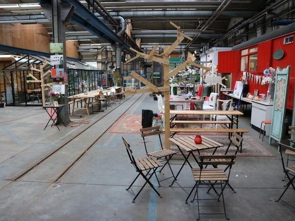 De Snorfabriek in oude NS-Loods in Utrecht