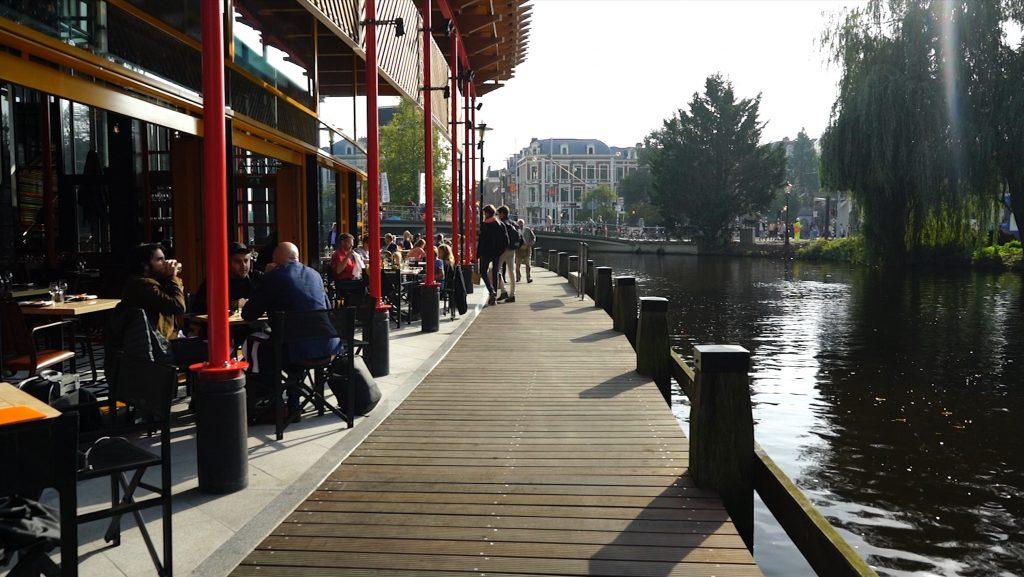 SushiSamba Amsterdam terras aan Singelgracht