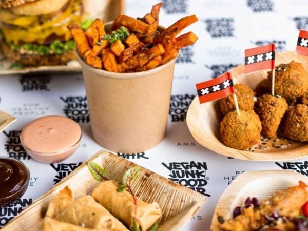 Amsterdam krijgt een Vegan Junk Food Bar