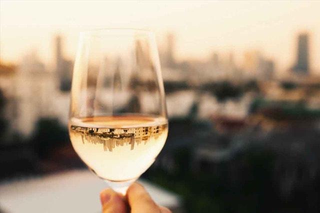 Wijn in Istanbul Hatice van Ana Dyla