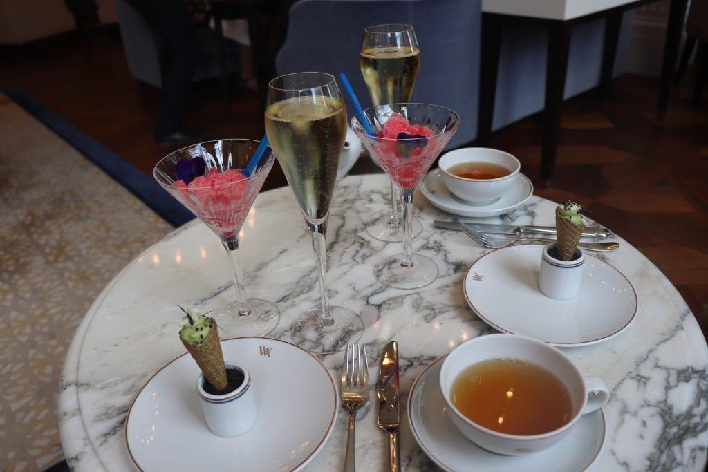 champagne en slush cocktail Summer Afternoon Tea